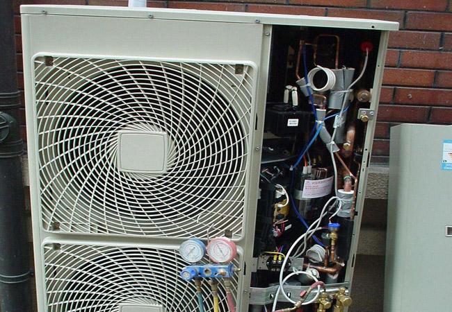 如何找专业空调维修公司.jpg